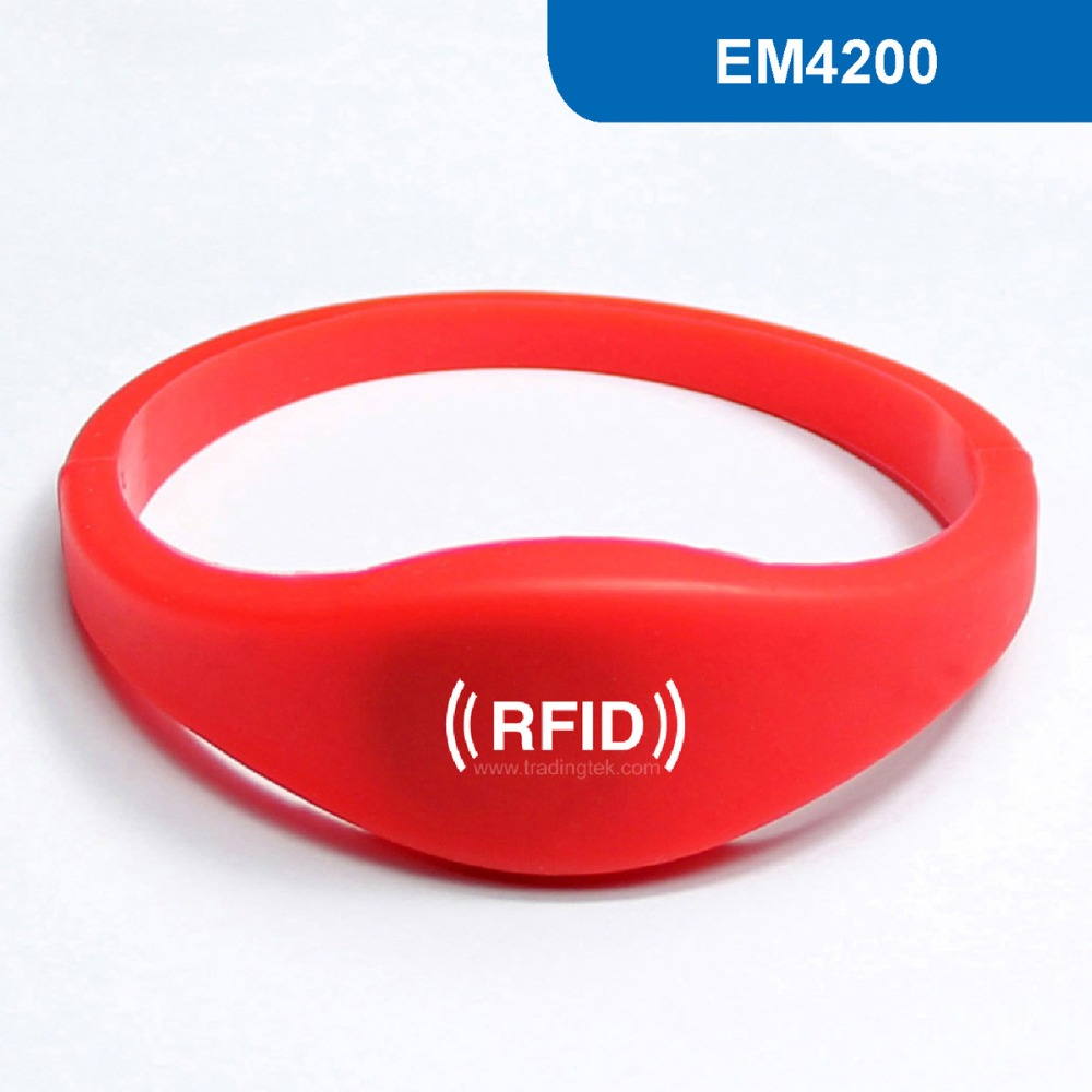 WB03 RFID wristband Silicone wristband RFID Bracelet tag ID Tag Access key card 125KHz with EM4200 Chip non standard die cut plastic combo cards die cut greeting card one big card with 3 mini key tag card