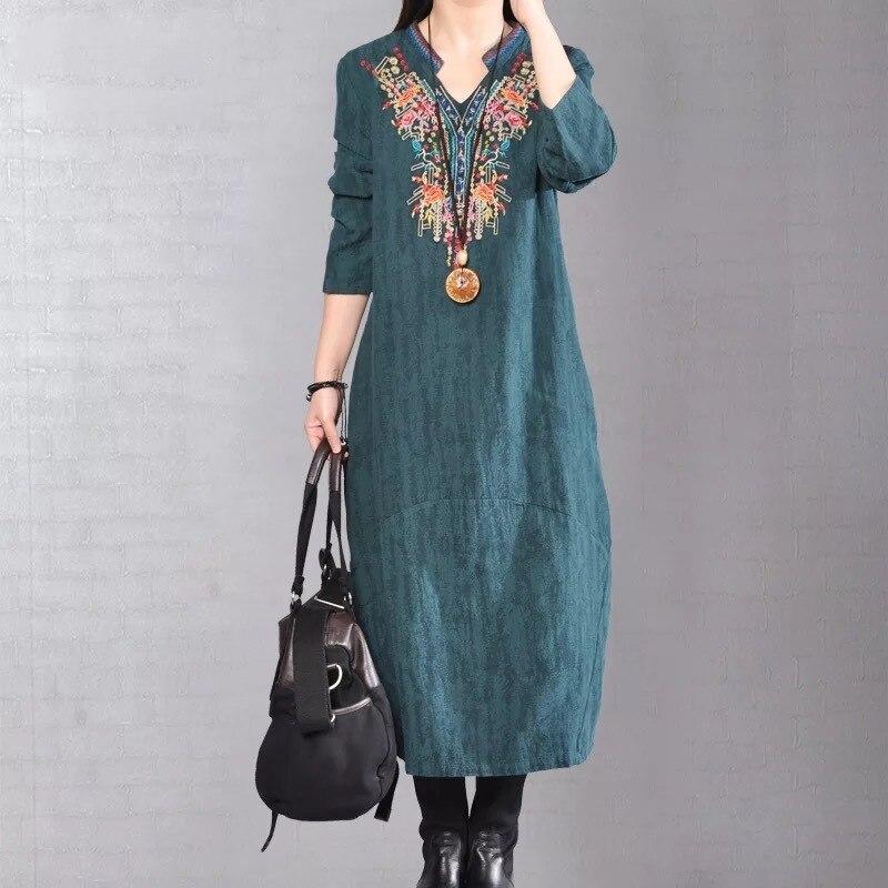 2017 Big Yard Autumn Flower Embroidered V Neck Cotton Linen Dress Spring Loose Elegant Dresses Casual Plus Size Vintage Vestidos