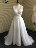 Solovedress Elegant Trắng Ngà Appliques V Neck A Line Wedding Dresses Slit Voan Backless Bãi Biển Bridal wedding gown SL-W339