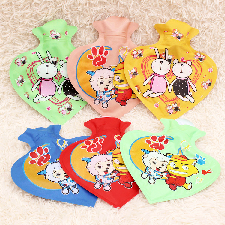 1pc 19cm*17.5cm Cartoon Printed Heart Shape PVC Explosion-proof Children PVC Hot Water Bag Hand Warmer Storage Water Bag 1782HW lovely cartoon charging electric hot water bag environmental protection material safety explosion proof anti warm water bag