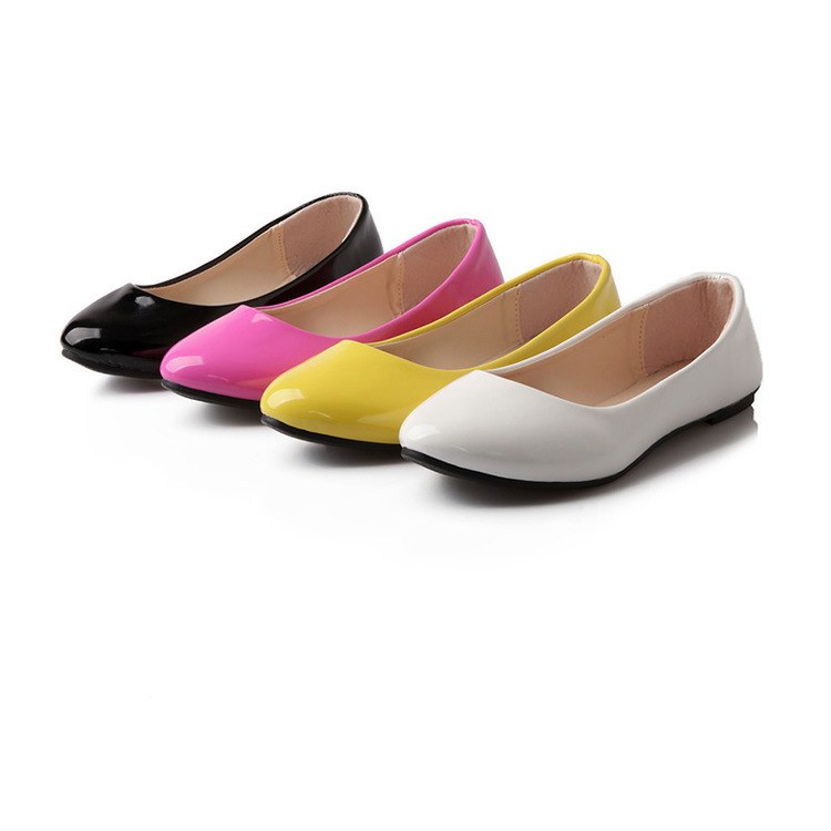2017 Spring Women Ballet Flats Pointed toe Patent Leather Slip on Flat Shoes Shallow Cute Candy Color Loafers basic Casual Shoes 2017 womens spring shoes casual flock pointed toe narrow band string bead ballet flats flat shoes cover heel women flats shoes