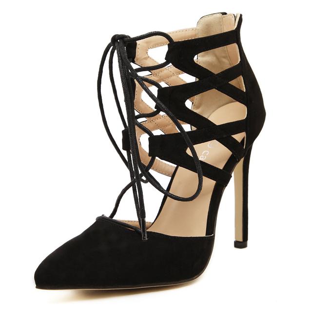 2017 Mulheres Da Moda Sandálias de Salto Alto Mulheres Bombas Cut-outs Peep Toe Rendas até Sapatos De Casamento Mulher Sandalias Zapatos Mujer