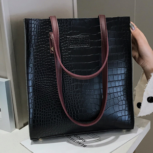 Image 1 - Fashion Crocodile Pattern Women Handbag Leather Ladies Hand Bags Luxury Handbags Women Bags Designer shoulder bag for women 2019