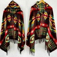2017 Multifonction Bohème Châle Surdimensionné Écharpe Tribal Ethnique Veste Rayé Cardigans Couvertures Cape Châle Poncho Avec Le Gland