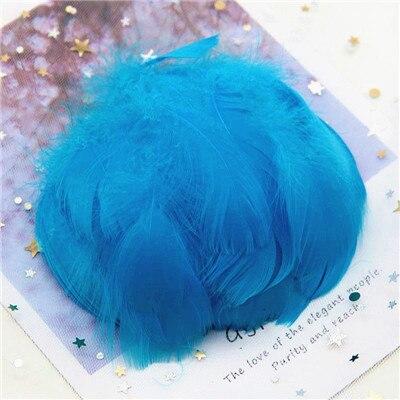 Натуральные гусиные перья 4-8 см, маленькие плавающие цветные перья лебедя, Плюм для рукоделия, свадебные украшения, украшения для дома, 100 шт - Цвет: lake blue 100pcs