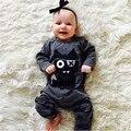 Nueva 2017 Otoño bebé ropa de la muchacha Unisex de manga Larga pequeños monstruos bebé Mameluco Recién Nacido del niño del bebé niñas niños ropa