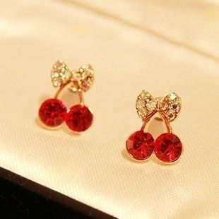 2020 Hot Fashion Cute Little Cherry Earrings Elegant Fine Crystal Stud Earrings For Women Jewelry Gift Free Shipping