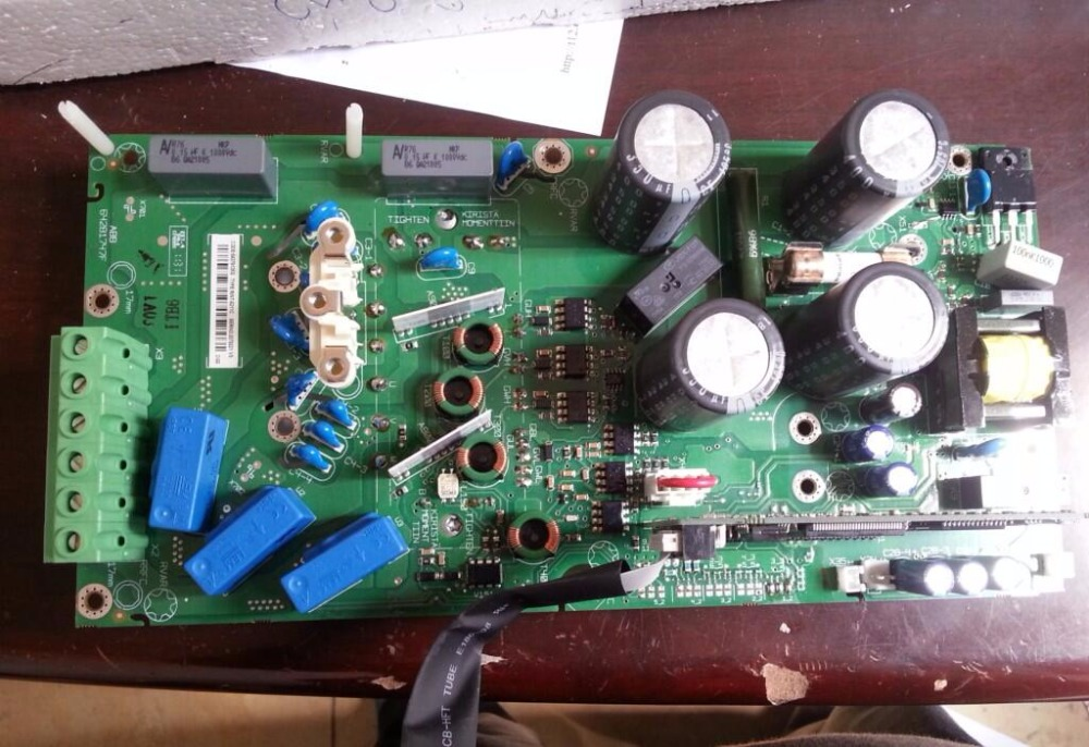 New frequency converter and 1.1/1.5 KW power board/driver board RINT-5211C 30 kw inverter power driven plate placed board ypct31521 1a and etc617143