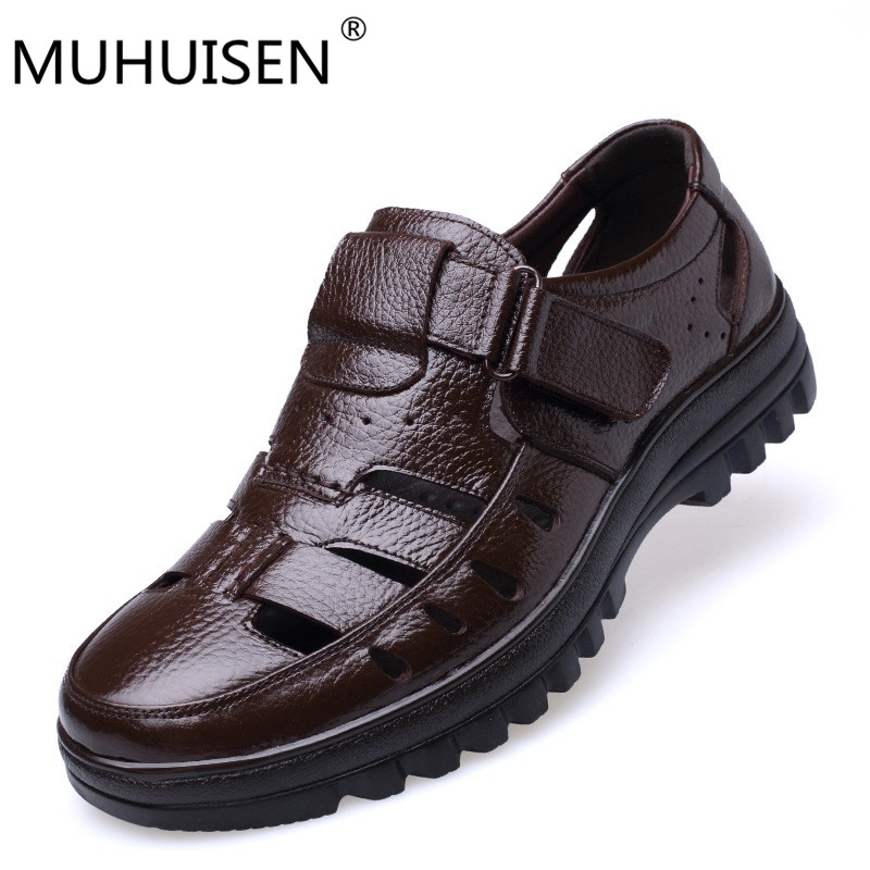 Muhuisen Size 38-44 Men Summer Style Shoes Classic Style Retro Gladiator Cool Men Sandals Fretwork Breathable Fisherman Shoes