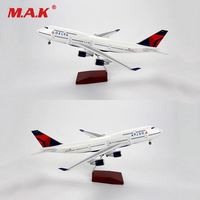 Toys for Children 1:150 Scale Diecast Delta Air Aircraft Boeing 747 Model Collection Airliner Toys with LED Model for Fans Gifts