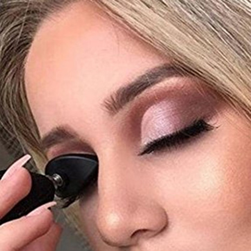 Lazy Silicon Eye Shadow Stamp Crease Eyeshadow Stamp Glittering Lazy Applicator Silicon Eyeshadow Seal Makeup Tools Accessories Lahore