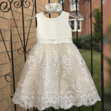 все цены на White First Holy Communion Dresses Satin A-line Vestido Novia Nina Wedding Party Kids Ball Gowns Tulle Lace Flower Girl Dresses онлайн