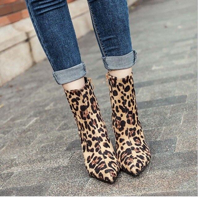 40 metre 10 CM Yüksek Topuk kadın ayakkabısı Hayvan Cilt Kore Versiyonu Yeni Moda Leopar Renk Ince Yüksek Topuk çizmeler