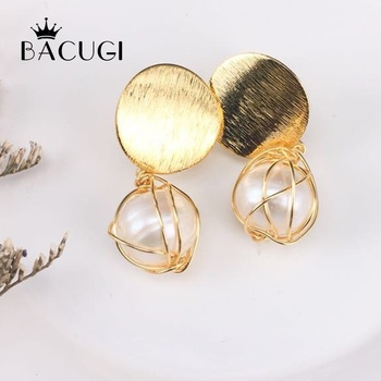 14K Gold Earrings Handmade vintage natural pearl earrings for women image