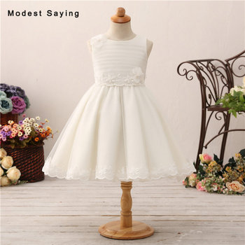 Delicated Ivory Ball Gown Pearls Lace Flower Girl Dresses 2018 New Shiny Tulle Puffy Pageant Party Prom Gowns vestido de daminha