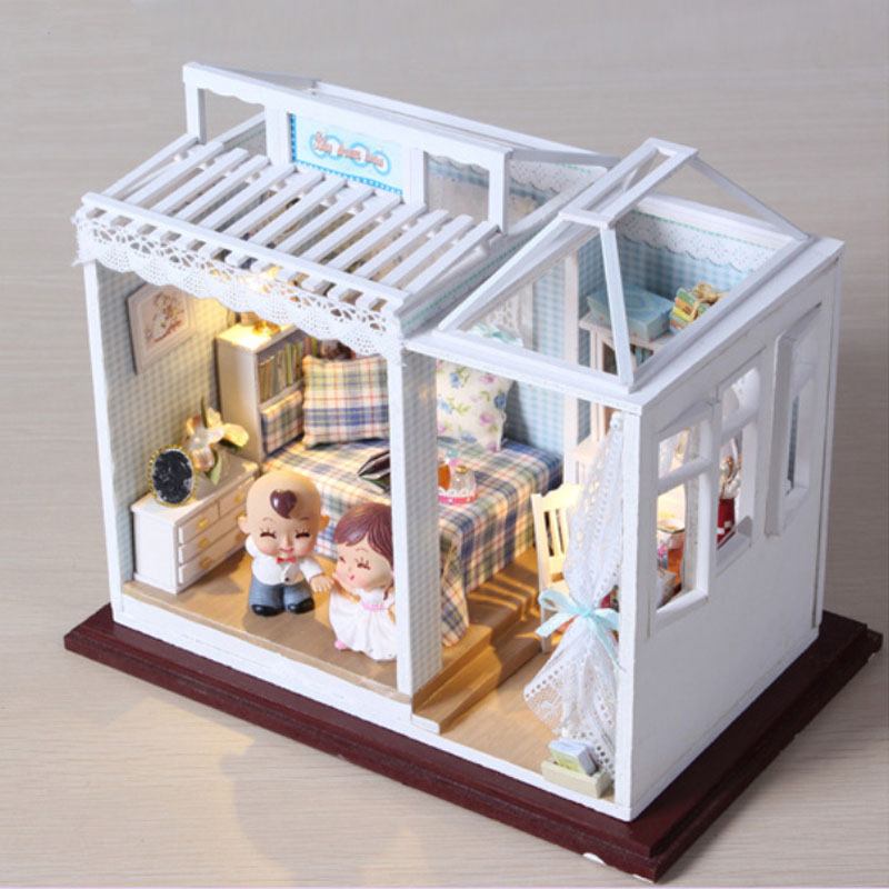 DIY Sweet Home Dollhouse Kits Miniature Furniture LED Light Wooden Doll House Loves Xmas Gift Handmade Puzzle Toys