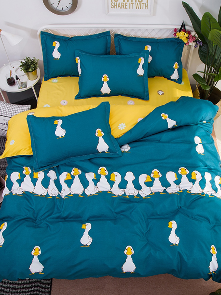 4 Pcs Bedclothes Set Cartoon Lovely Ducks Printed Double Sided Cozy Bedding Set 4 Pcs Bedclothes Set Cartoon Lovely Ducks Printed Double Sided Cozy Bedding Set