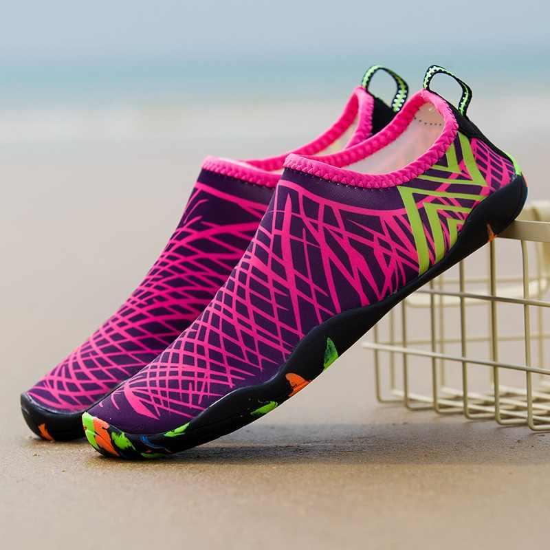 013cab419fb45 Weweya Men Women Beach Water Shoe Lightweight Skin Aqua Barefoot Shoe  Seaside Walking Upstream Sneakers tenis