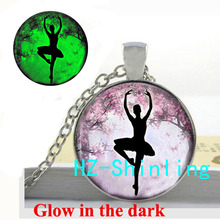 GL-00477 Glow in The Dark Ballerina Pendant Necklace Ballerina Silhouette Jewelry Glowing Pendant Glass Dome Necklace