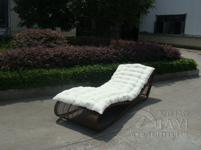 Outdoor Garden Rattan Sun Lounger , Comfortable Lounge Chair transport by sea корзинка для хранения garden rattan
