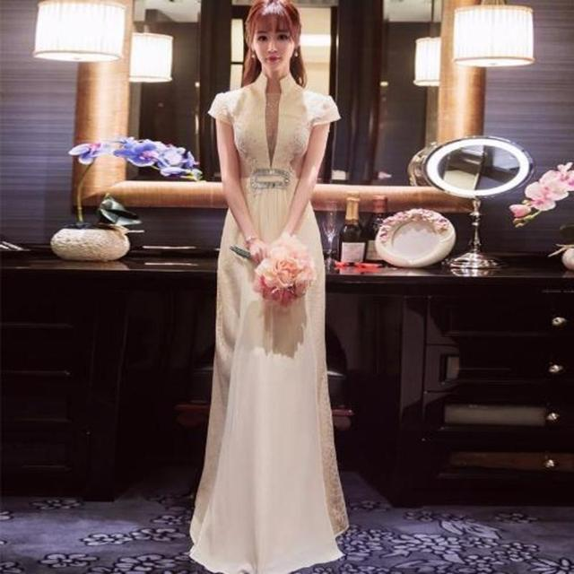 Chinese traditional wedding dress qipao modern 2017 new white lace chinese traditional wedding dress qipao modern 2017 new white lace sexy cheongsam robe chinoise party dresses junglespirit Images