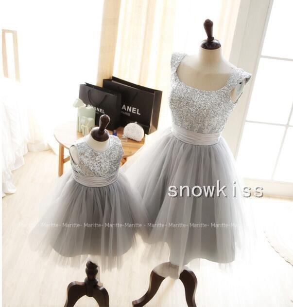 Robe sans manches Bling paillettes scintillantes gris argent mère et fille bébé 1 an robes de fête d'anniversaire pour le bal et le soir