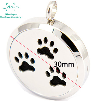 10pcs mesinya dog pet paw (30mm) Aromatherapy / Essential Oils surgical S.Steel Perfume Diffuser Locket Necklace