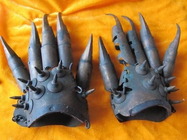Ancient chinese bronze Eagle Claw talons protective sharp powerful
