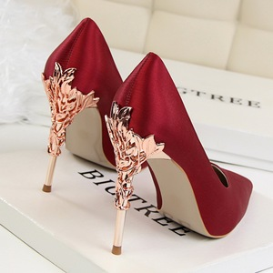 Image 2 - Elegant Metal Carved Heels Women Pumps 2019 High Quality Fashion Sexy Silk High Heels 13 Color /10cm Shoes Woman Wedding Shoes