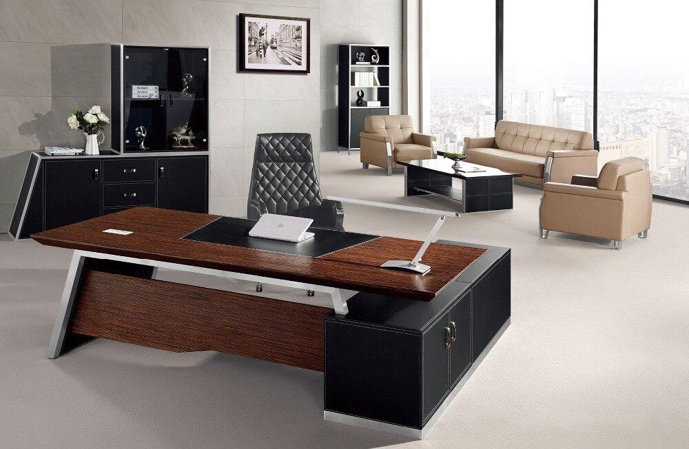elegante l form leder moderne executive schreibtisch b rotisch design in elegante l form leder. Black Bedroom Furniture Sets. Home Design Ideas