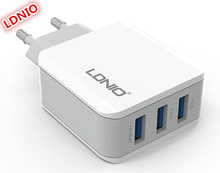 Wholesale LDNIO three USB plug 5v three.1A fast Charger EU energy socket ac dc wall adapter for iPhone iPad Samsung Telephones Tablets A3301