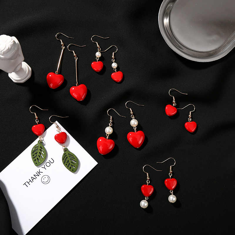 Pearl Earrings Red Love Geometric Asymmetric Stud Designer Earrings for Women Luxury Big Earrings for Women