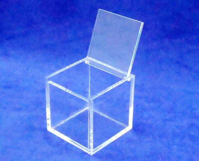 Plaza 8x8x8cm joyas de plexiglás caja de carcasa de acrílico caja de favores con tapa con bisagras