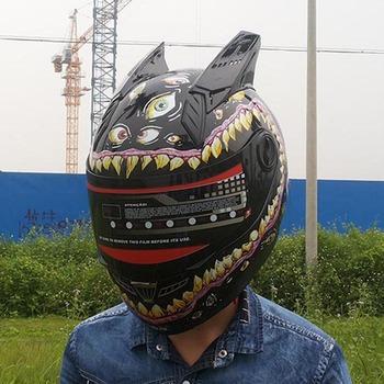 Malushun wielkie oczy kask motocyklowy męski kask fullface kobiet zwierząt rogi kask wysokiej jakości w stylu vintage kask tanie i dobre opinie Wstrząsoodporny Gąbka Unisex Full Face 1 5kg
