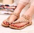 5 .. 2016 Boemia verão sandálias sapatos sapatos pitada toe sapatos com flores mulheres sandálias de fundo plano plus size 35-39 sapatas das mulheres