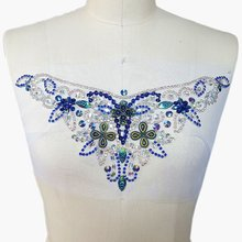 Cristallo Patch Sew on Blue AB Colore Cristalli Applique Paillettes Perline  Assetto Decorazione Accessorio 14x33 cm Vita Della C.. 59162e69a07