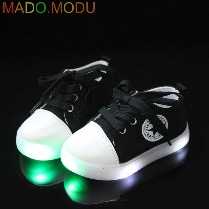 871d29c2970e Kids LED Sneakers 2018 New Brand Toddler Children Sports shoes Colorful  Stars girls Canvas Shoes for