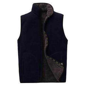 Image 3 - 2018 ใหม่ผู้ชาย Warm Fleece Vest ฤดูหนาวหนา 2 ด้านสวมใส่สบายๆเสื้อกั๊ก Windproof เสื้อแขนกุด