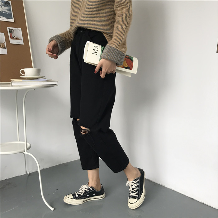 18 Summer Style Black White Hole Ripped Jeans Women Straight Denim High Waist Pants Capris Female Casual Loose Jeans 15