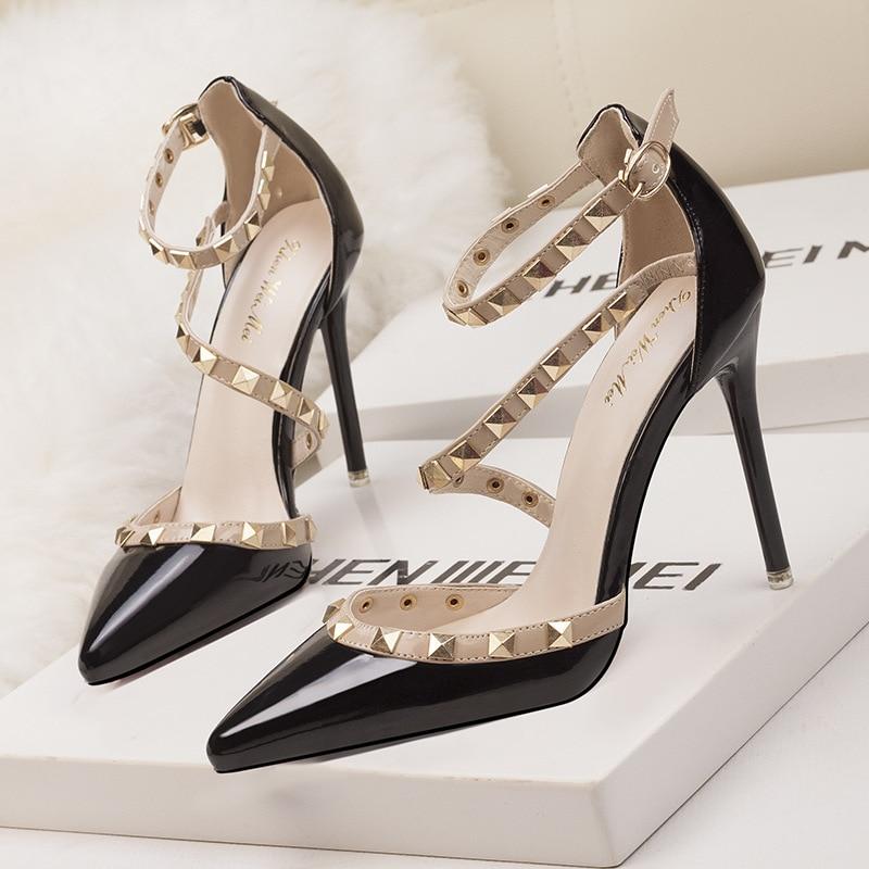 Women Shoes Classic Party High-Heels Summer Fashion Patent New Rivet Pu Sandals