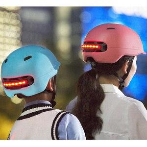 Image 4 - Nieuwe Xiaomi Fiets Smart Flash Helmen Matte Mannen Vrouwen Helm Back Light Mountain Road Scooter Integraal gegoten electrombile