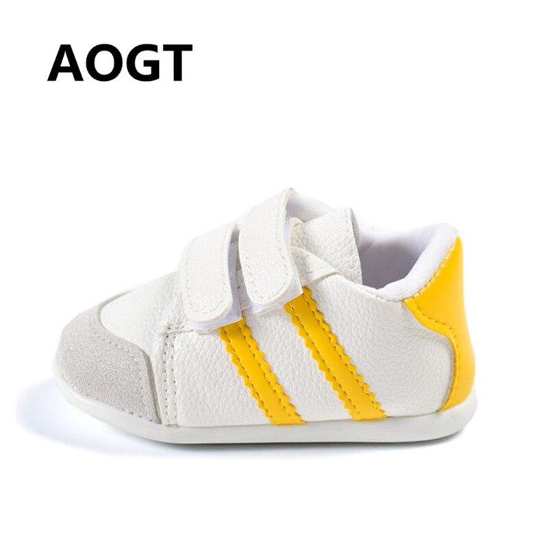 Sapatos Da Menina do Menino do bebê Mocassins Sapatos Da Criança Recém-nascidos Macio Couro Genuíno Sapatilhas Do Bebê Meninos Sapatos Infantis 0-2 Ano primeiros Caminhantes
