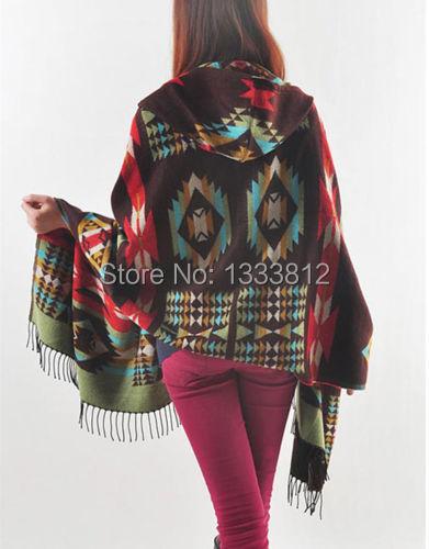 Venda quente Poncho / capa com capuz camisola franjas Boho Tribal asteca pessoas Chic Gypsy xaile lenço grátis Sz frete grátis