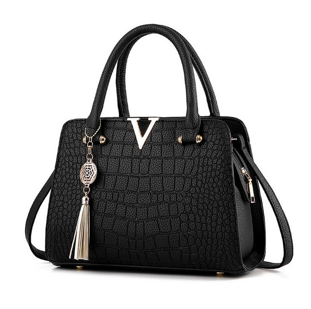 Fashion Crocodile Leather Fringed V Letters Designer Handbags Luxury Shoulder Crossbody Bags Pendant Simple Casual Tassel Bags