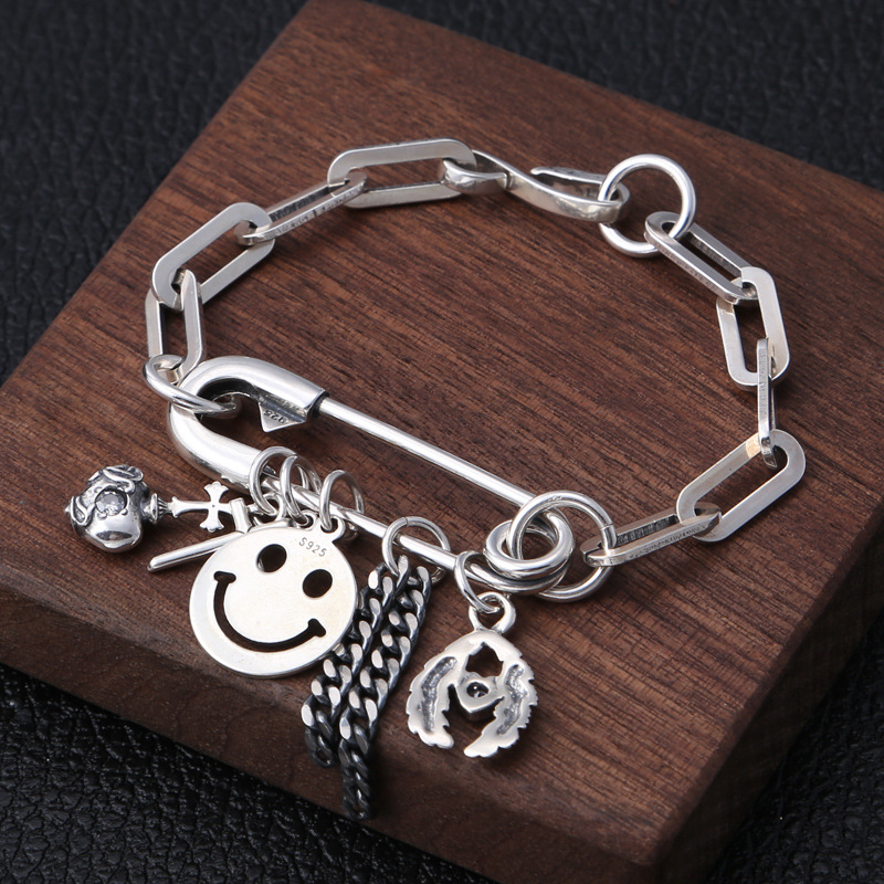 Manufacturers Wholesale S925 Sterling Silver Jewelry Retro Thai Silver Smiley Love Tassel Wings Fashion Female BraceletManufacturers Wholesale S925 Sterling Silver Jewelry Retro Thai Silver Smiley Love Tassel Wings Fashion Female Bracelet