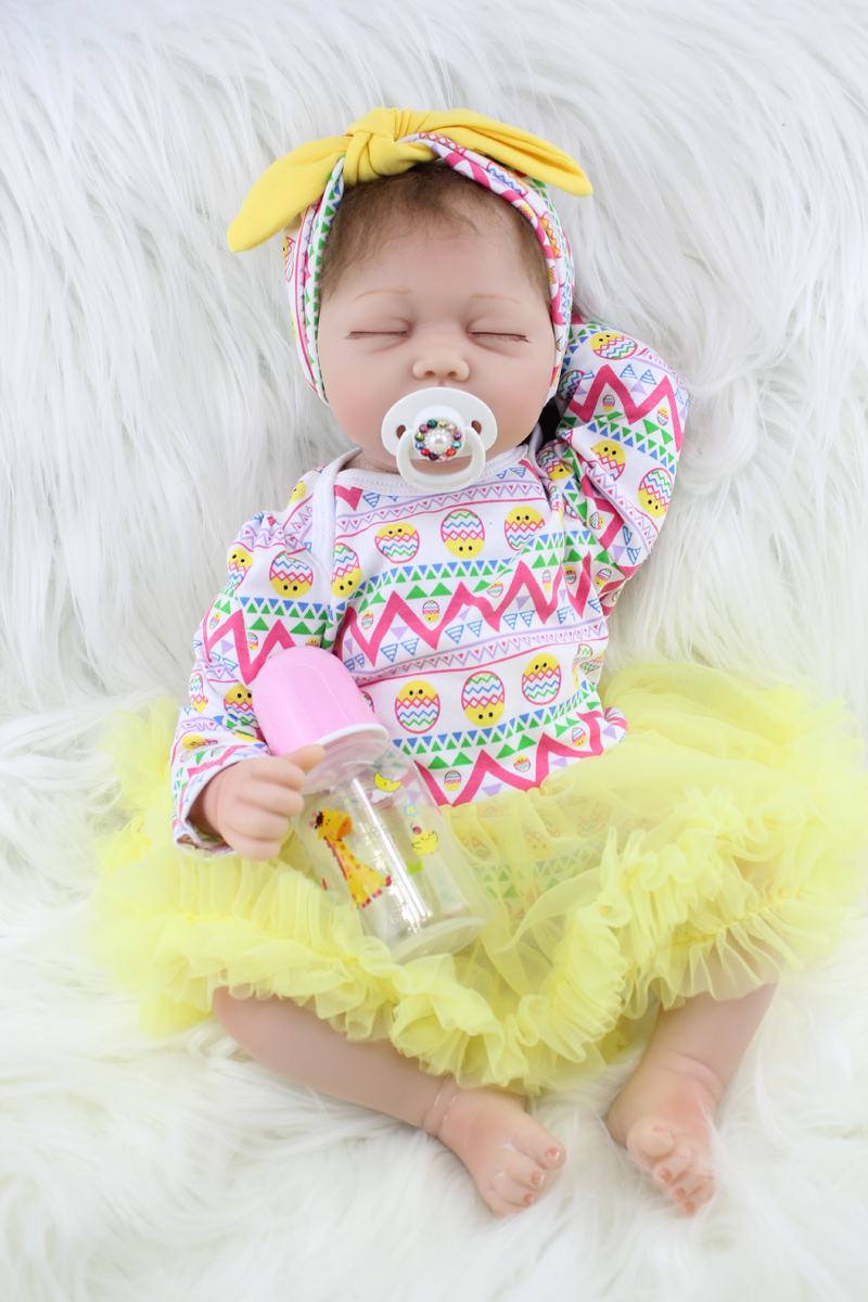 55cm Soft Body Silicone Reborn Girl Baby Doll Toy