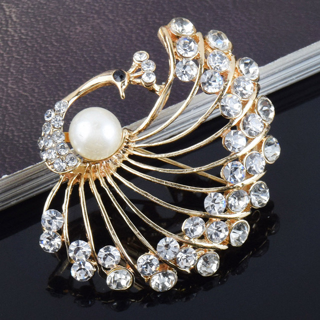 Gold color simulated pearl Peacock brooches