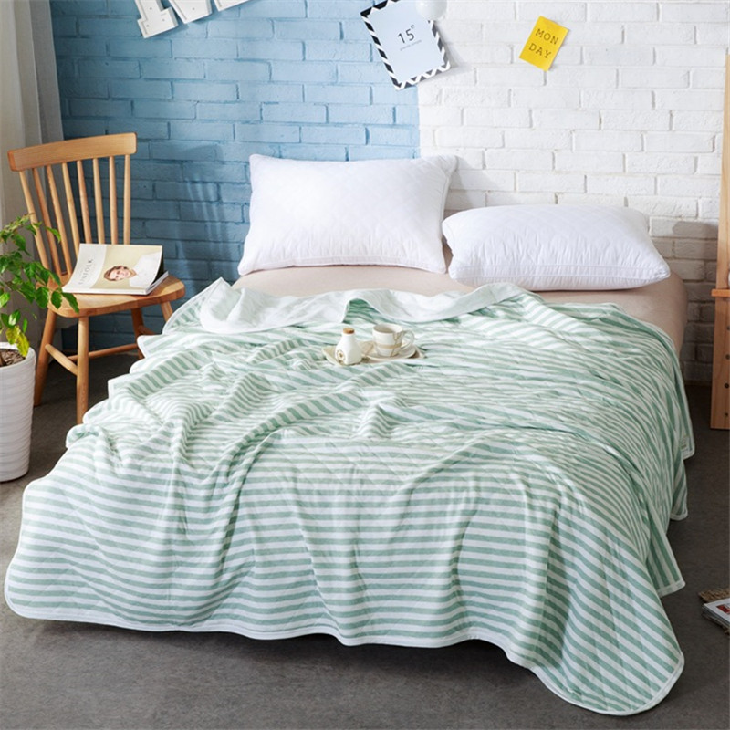 Soft Quilt Baby Adult Blankets Quilt Blankets Throw on Sofa/Bed/Plane Travel Air Conditioning Striped Blanket