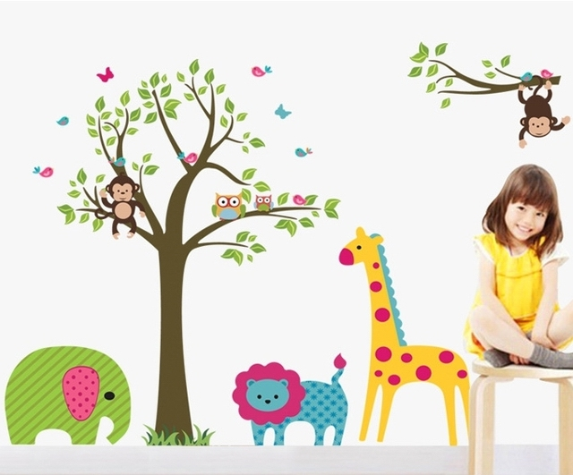 Baby zoo animals nursery thenurseries for Baby mural stickers