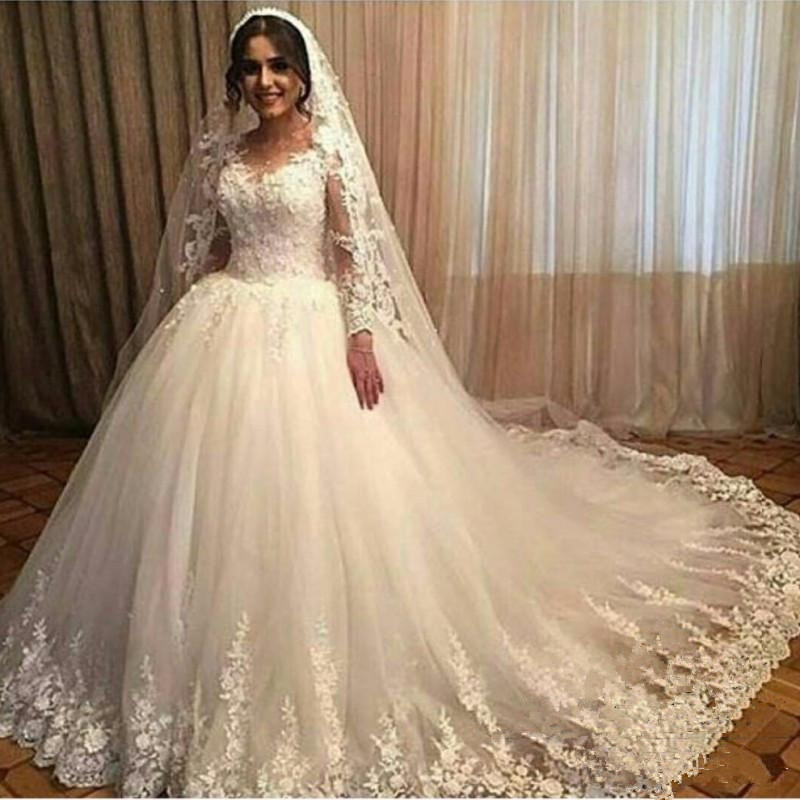 3D Floral Appliques Lace Wedding Dressees Long Sleeves